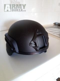 Replika helmy MICH 2002 černá