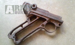 Pistole parabelum P08 - čti popis