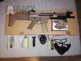 FN SCAR s kolimátor Em + příslušenství a batoh
