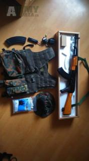 AK-47 + příslušenství