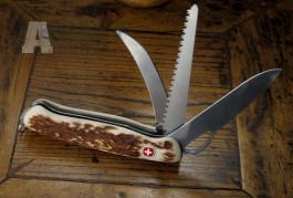 Švýcarský nůž v parohu Wenger -nůž+pilka+párák