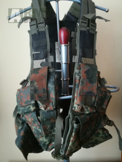 Taktická vesta DEFENCE FLECKTARN