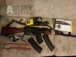 AK 74 kov+drevo