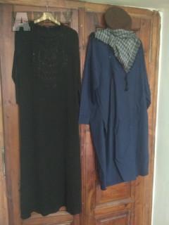 Burqa a Salwar Kameez