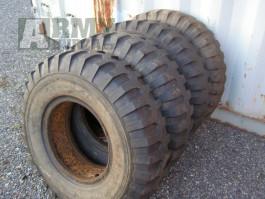 Prodám použité pneumatiky na Dodge WC.