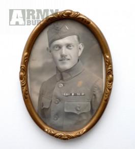 Fotka prvorepublikového vojáka v rámečku