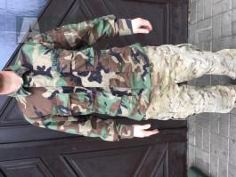 Originalni bluza US army woodland velikost M  Cena:500kc