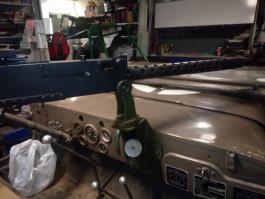 Jeep Willys lafeta na 30ku na palubku