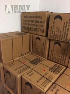 MRE krabice A a B - 12 menu, insp. rok 2022 - potravinové dávky USA