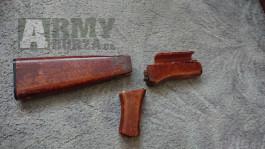 Dřevěné pažbení airsoft ak47