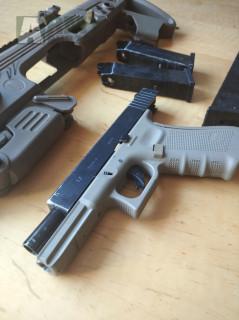 Glock 17 WE CAA