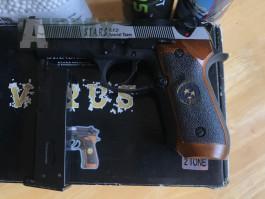 Beretta M9 Samurai Edge od společnosti WE