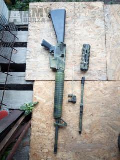 M16 s díly na M4