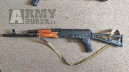 AK 74 - PJ