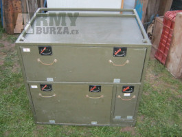 Vybavení skříně Praga V3S štábák