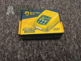 Lipol nabíječky + Testr Baterií