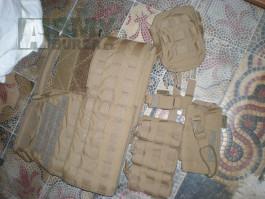 Warrior Assault Systems coyote nosič plátů + sumky warrior