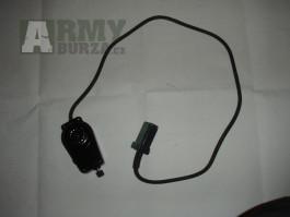 Mikrofon k vojenské radiostanici