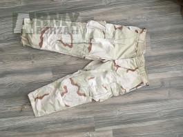 US pouštní kalhoty