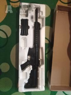 Prodám elektrickou airsoft zbraň M4A1