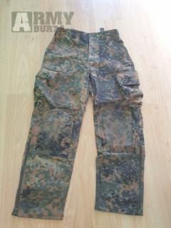 airsoft zbraně-2x AK-47(Cyma,CM.028), MB4411+army oblčení