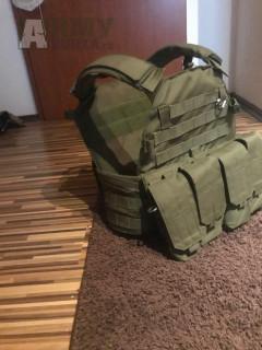 Taktická vesta- nosič plátů