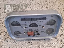 Přístrojová deska z elektrocentrály - Zil-131