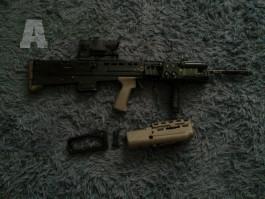 Britská SA80 ( L85 )