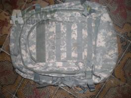 ACU UCP batoh S.O.C.  US army Digital