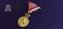 Rakousko Uhersko - vojenská záslužná medaile Signum Laudis.