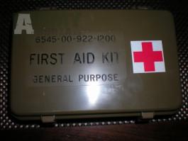 US Army auto lékárna FIRST AID KIT technika U.S. medic kit
