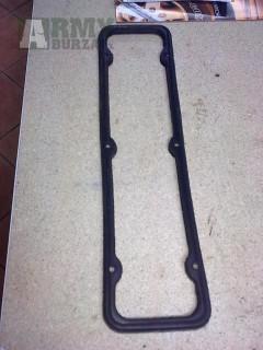 UAZ,GAZ 21,24 Tesnenie vika ventilov gumené.